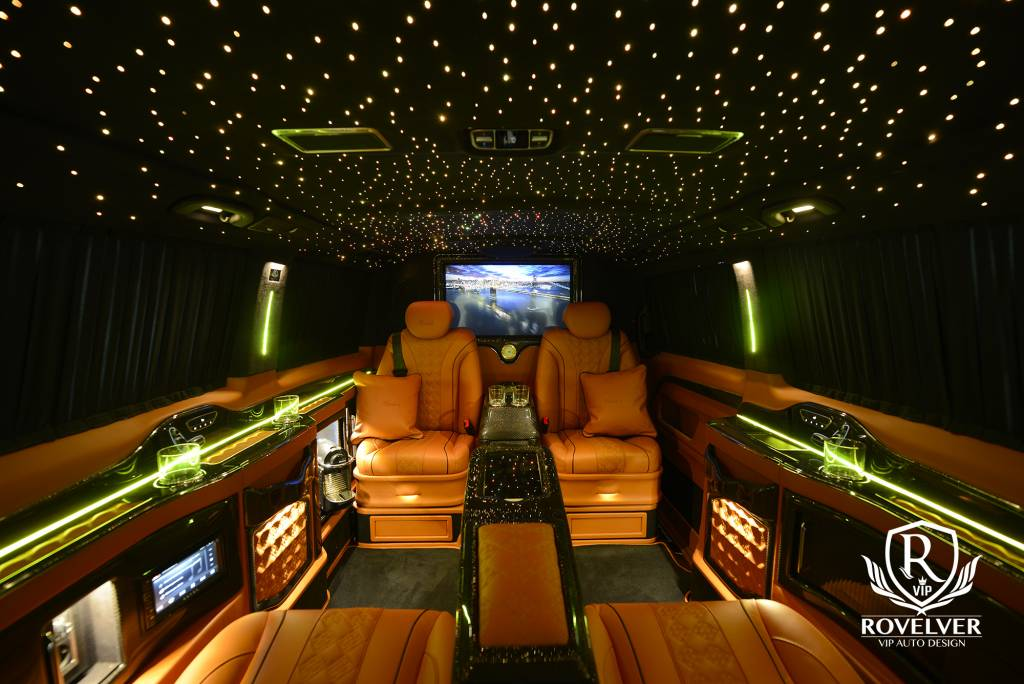 Vip-van-Mercedes-Rovelver-luxury-design